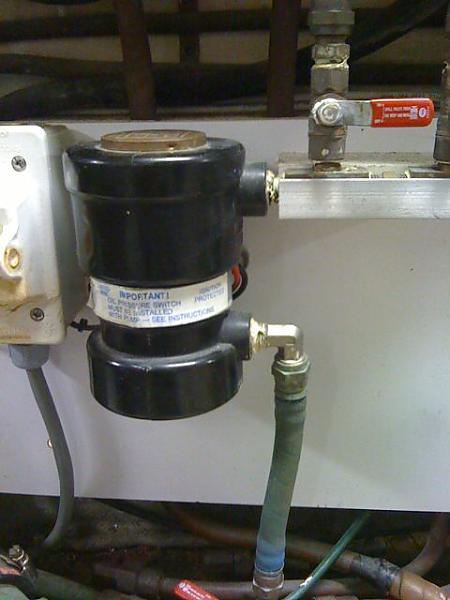 Walbro fuel prime pump