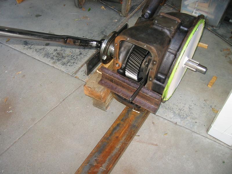 M20 Trans rebuild - torquing inner retainer nut